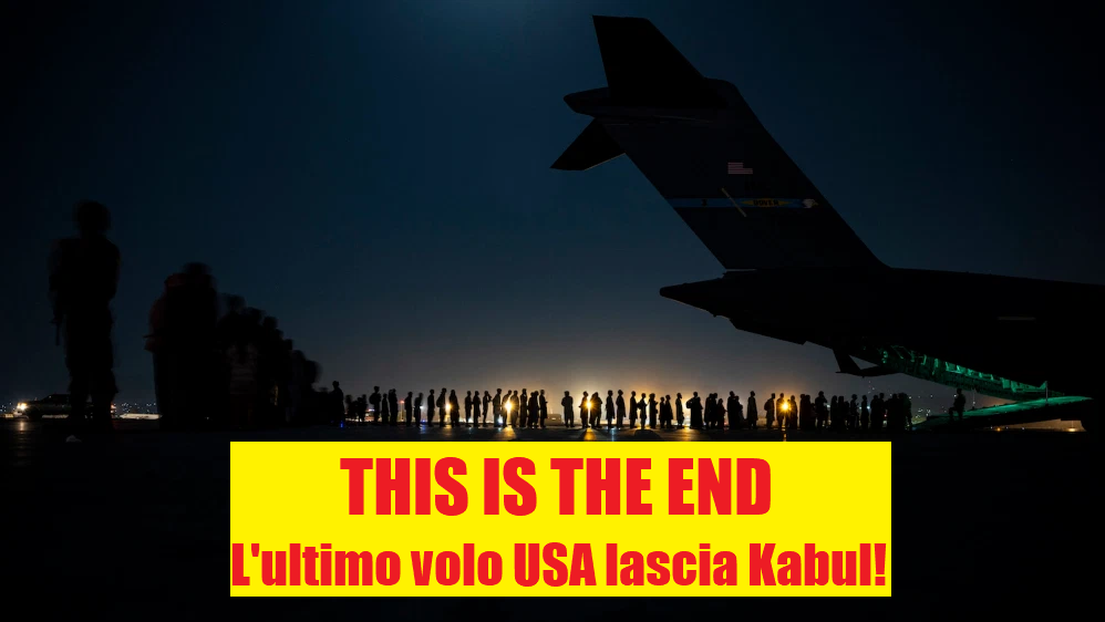 Volo USA da Kabul Foto di: Air Force Senior Airman Taylor Crul foto di pubblico dominio perché è un'opera preparata da un funzionario o dipendente del governo degli Stati Uniti nell'ambito dei doveri ufficiali di tale persona ai sensi del titolo 17, capitolo 1, sezione 105 del codice degli Stati Uniti